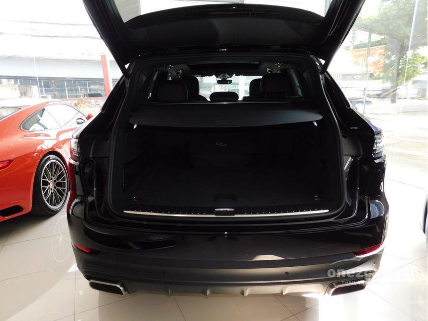 2018 Porsche Cayenne 3.0 E-Hybrid SUV AT