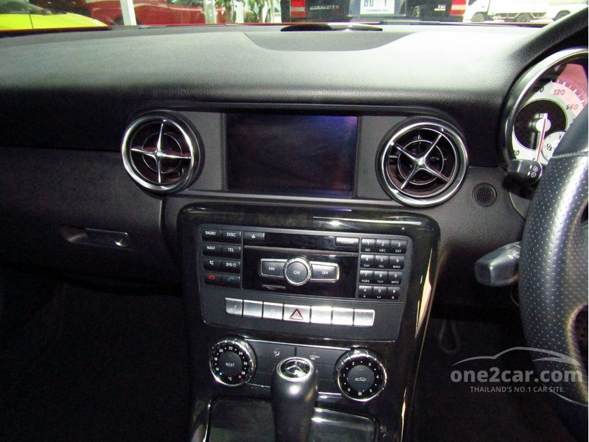 2012 Mercedes-Benz SLK250 BlueEFFICIENCY 1.8 R172 (ปี 11-16) Sport Convertible AT