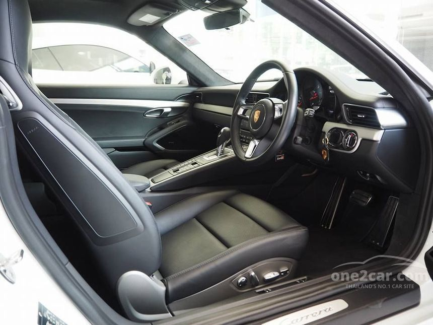 2017 Porsche 911 Carrera 3.0 991 Coupe AT